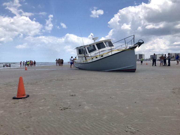 Empty Boat Crash Daytona