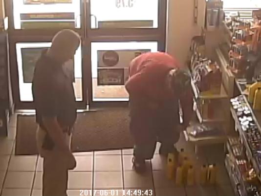 Florida man stuffs 15 bottles of motor oil, 30 DVDs into pants