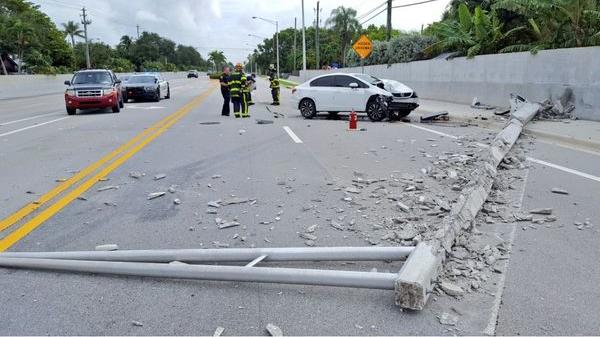 spider-crash-pole