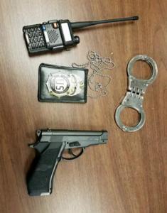 gun handcuffs badge fake dea
