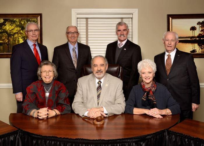 Mount Dora City Council